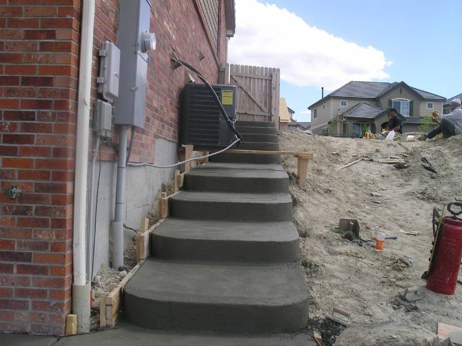 Your Denver Metro Construction Residential Rounded Stair Case & Steps